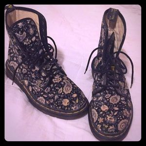 Dr Martens Made in England paisley canvas boot